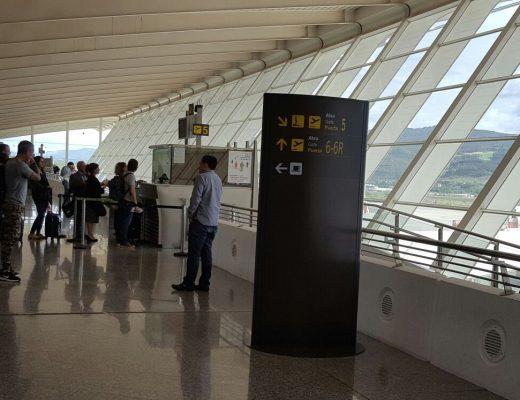 Crece un 5% el tráfico aéreo en febrero en el Aeropuerto de Bilbao