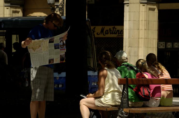 Las oficinas de turismo han recibido un 6% más de visitas esta Semana Santa