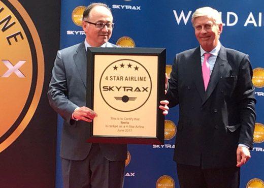 Luis Gallego, presidente de Iberia, sostiene la certificación cuatro estrellas de Iberia